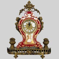 Bronze and Porcelain Clock / Reloj de porcelana y bronce con retrato de dama
