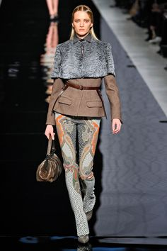 Etro. One of my all-time fav brand. Never dissapoints me.