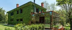 Zanon Architetti Associativrecently renovated a country home in Treviso, Italy by not only adding a new glass and steel extension to the home, but covering its exterior walls almost entirely with lush vegetation. Treviso Italy, Italian Home, Home Additions, Lush, Greenery, Walls, Exterior, Steel, Thoughts