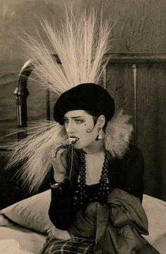 1925 norma shearer rarest silent film portrait vamp from her estate art deco Vintage Hollywood, Hollywood Glamour, Classic Hollywood, Hollywood Star, Norma Shearer, Divas, Silent Film Stars, Movie Stars, Vintage Glamour
