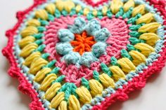 HEART POTHOLDER : : Pattern: Grandma's Heart (Rav link) by Carol Wijma Hook: 4.0mm (USA G) Yarn: Rico Creative Cotton