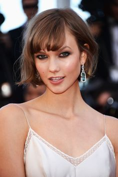 Karlie Kloss' Round-Brushed Flick