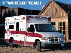 Vehicles Wallpaper: Ambulance