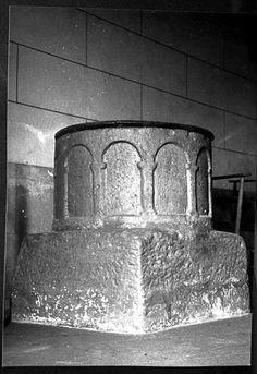 02.023.0421.08619.16350.3628 Cuve baptismale de Saint-Aignan-d'Hautefort