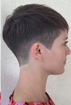Short Hair Cuts For Women, Short Hairstyles For Women, Pixie Hairstyles, Very Short Haircuts, Super Short Hair, Hair Trends, Curly Hair Styles, Hair Beauty, Pixies