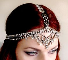 art deco wedding headdress with rhinestones