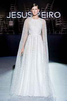 See the Spring 2020 wedding dresses from Jesús Peiró bridal Lela Rose, Maggie Sottero, Wedding Dress Trends, Bridal Wedding Dresses, Bridal Style, Wedding Jumpsuit, Mode Chic, Bridal Fashion Week, Bride Look