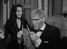 Addams Family: Carolyn Jones and Ted Cassidy Knitting Humor, Knitting Projects, Knitting Club, Adams Family, Family Tv, Carolyn Jones, Knit Or Crochet, Crotchet, How I Feel