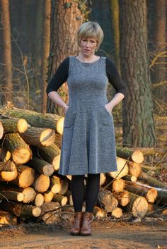 Asta Jersey dress PDF sewing pattern for women boat neck and elbow length sleeve contrast sleeve colour