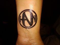If I ever was going to get inked, this would probably be it. Cameras & Hanson - the only two things I've loved seriously for over 15 years. =]
