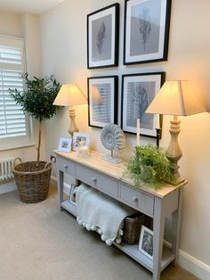it instantly feels so bare… Home Living Room, Living Room Designs, Living Room Decor, Country Cottage Living, Entrance Hall Decor, Deco Marine, Hallway Designs, Hallway Decorating, Room Colors