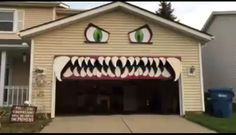 Halloween spooky garage door outdoor decorations trick or treat fall creepy Halloween party