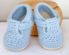 CROCHET PATTERN Baby Shoes with classic T-Bar for Baby Boys and Girls Photo Tutorial Baby Booties Digital file Instant Download