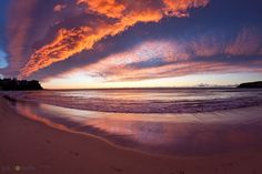 Beautiful pink and purple cloud formation in Manly at sunrise... #sunrise #manlybeach #sydneybeaches