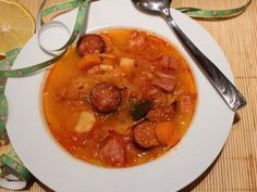 New Year's Eve soup - Szilveszteri, virslis korhelyleves - Húsimádó Goulash, Thai Red Curry, Ethnic Recipes, Blog, Party, Blogging, Receptions, Direct Sales Party