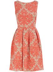 okay, who wants to throw a garden party so I can get this dress?
