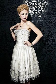 Tschaikowski Dress LENA HOSCHEK ATELIER made to order Www.lenahoschek.com Short Dresses, Formal Dresses, Wedding Dresses, Russian Fashion, Couture, Gothic Lolita, Vintage Beauty, Dress Making, Passion For Fashion