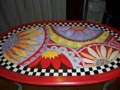 PAINT IT HAPPY a cocktail table