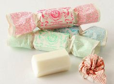 A selection of the most beautiful soap packagings / Una suculenta selección de hermosos pakaging de jabones para regalar