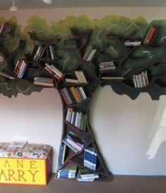 Furniture Awesome Wooden Tree Bookshelf Plans Design Ideas 12 Creative Ideas of Tree Branch Bookshelf Design Tree Bookshelf, Tree Shelf, Bookshelf Design, Bookshelf Plans, Bookshelf Ideas, Book Shelves, Library Shelves, Classroom Design, Classroom Decor