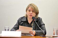 Audiência pública sobre a condição de múltipla vulnerabilidade da mulher com deficiência. Coordenadora Geral de Promoção da Secretaria Nacional de Promoção dos Direitos da Pessoa com Deficiência