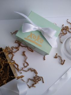 Small Mint Gloss 4 x 3 x DIY Party Favor Gift Boxes This listing includes xoxo sticker, kraft shred and premium white satin Ribbon. Gender Reveal Party Decorations, Baby Shower Decorations, Diy Party, Party Favors, Party Ideas, Favor Boxes, Gift Boxes, Bridal Shower Favors, Baby Shower Invitations