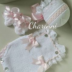 New Crochet Flowers Flat Baby Shoes 57 Ideas Baby Dress Patterns, Baby Clothes Patterns, Crochet Baby Clothes, Crochet Baby Shoes, Barbie Knitting Patterns, Crochet Jacket Pattern, Crochet Unicorn, Bead Crochet, Crochet For Kids