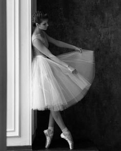 New post on beautyfashionfan Ballet Poses, Ballet Dancers, Ballet Art, Tango, Dance Dreams, Pretty Ballerinas, Ballerina Dancing, Ballet Photography, Ballet Beautiful