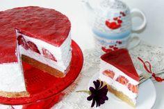 Retete Culinare - Tort de biscuiti cu capsuni