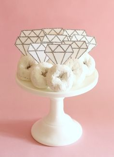 Turn a box of powdered donuts into a dozen DIAMOND RINGS!