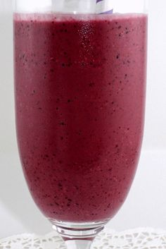 Berry Oatmeal Power Smoothie