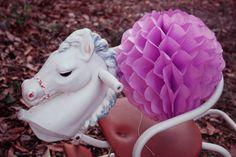 kiabi11 Chinese Lanterns, Honeycomb, Diy, Christmas Ornaments, Holiday Decor, Blog, Bricolage, Christmas Jewelry, Honeycombs