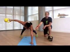 6 minute crunch free kettlebell ab workout video - leggings are pants Kettlebell Workout Video, Kettlebell Workouts For Women, Weights Workout For Women, Kettlebell Abs, Workout Videos For Women, Kettlebell Training, Ab Workouts, Weight Workouts, Fitness Workouts