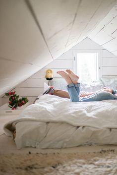 9 Clever Hacks: Attic Organization Loft Conversions attic transformation home theaters.Attic Conversion How To attic remodel stairways. Attic Bedroom Designs, Attic Bedrooms, Bedroom Loft, Guest Bedrooms, Design Loft, Attic Design, Attic Renovation, Attic Remodel, Hygge