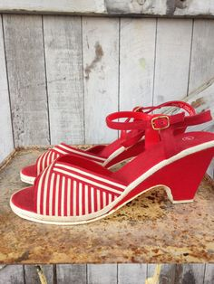 1970s red striped sandals 70s summer canvas wedges size 8 Vintage open toe heels by melsvanity on Etsy