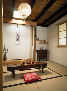 Washitsu - Japanese Tatami Room I really enjoy the peacefulness and beauty of Tatami Rooms!