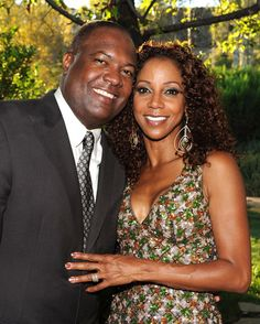 Holly Robinson-Peete and husband