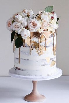 42 Yummy And Trendy Drip Wedding Cakes ♥ Unique, non-traditional cakes become more and more popular for wedding. Taking the internet by storm, drip wedding cakes became one of the hottest trends. ideas 42 Yummy And Trendy Drip Wedding Cakes Beautiful Birthday Cakes, Gorgeous Cakes, Pretty Cakes, Amazing Cakes, Unique Birthday Cakes, Flower Birthday Cakes, Birthday Cake Designs, Birthday Cake For Women Elegant, Big Birthday Cake