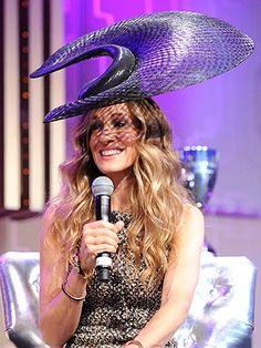http://stylenews.peoplestylewatch.com/2011/11/02/sarah-jessica-parker-fashion-hat/
