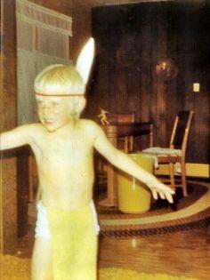 Little Kurt Cobain as an Indian (1971)
