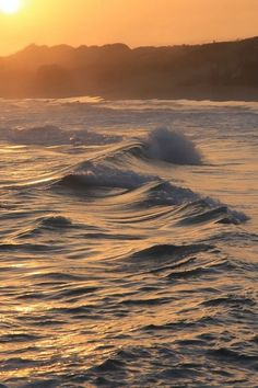 "wonderous-world: ""Rolling Waves by Bart Ceuppens """