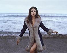 Lana Del Rey // Lizzy Grant ♡ LDR ♡ a. Lizzy Grant lana del rey, sea, and lana. Divas, Elizabeth Woolridge Grant, Elizabeth Grant, Bae, Vogue, Thing 1, Oui Oui, Look Fashion, Style Icons
