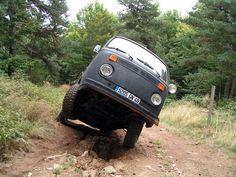 Off Road Vw Bus VW T2 Camper going off...