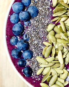 Cauliflower Blueberry Smoothie Bowl