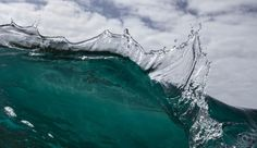A ledge wave in the shape of a dragon Waves Photography, Dragon, Ocean, Shape, Water, Outdoor, Collection, Gripe Water, Outdoors