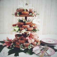 These are the most elegant doughnuts that we've ever seen.    This idea came from @faridah88. Show us your best wedding idea with #f52registry for a chance to win a lovely prize courtesy of @zwillingjahenckels  and @staub_usa. Only U.S. residents eligible to win. We'll  announce the winner July 6th.