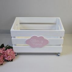 Craft Stick Crafts, Wood Crafts, Diy And Crafts, Baby Decor, Nursery Decor, Diy Storage Boxes, Toy Boxes, Girl Room, Crates