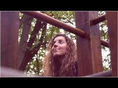 Awsum - Your Smile   !  Sky - Singer/Songwriter Raez - Producer Realizado por/Made by: Inês Branco Optimus Discos 2013
