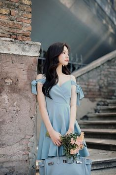 Style up your daily look with our unique MOODLFT® collection in trendy Korean fashion. Shop our exclusively curated chic Korean fashion & K-beauty products. Asian Fashion, Girl Fashion, Womens Fashion, How To Look Classy, Look Cool, Kpop Fashion Outfits, Fashion Dresses, Cute Dresses, Girls Dresses