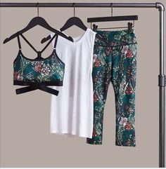 Womens Workout Outfits, Sporty Outfits, Athletic Outfits, Cool Outfits, Fashion Outfits, Fitness Style, Fitness Fashion, I Love Fashion, Daily Fashion